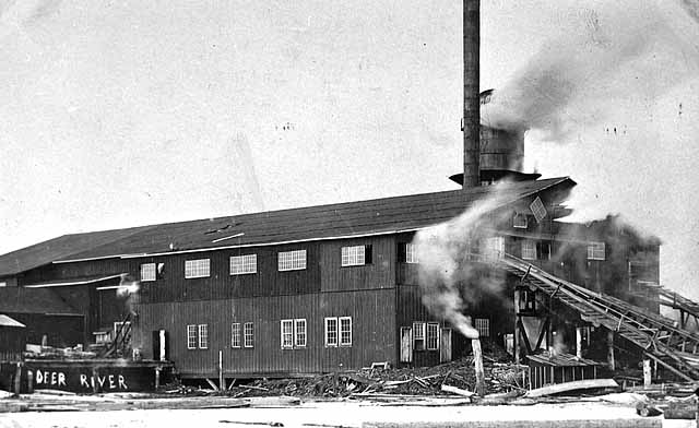 Deer River saw mill. 1910 Collections Online Minnesota Historical Society